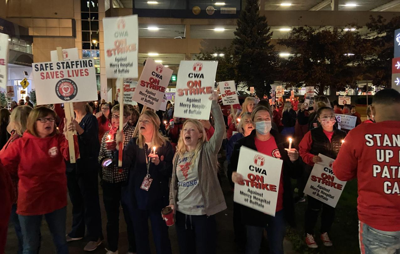 Crowd of Catholic Health workers gathered for 6am walkout to begin strike